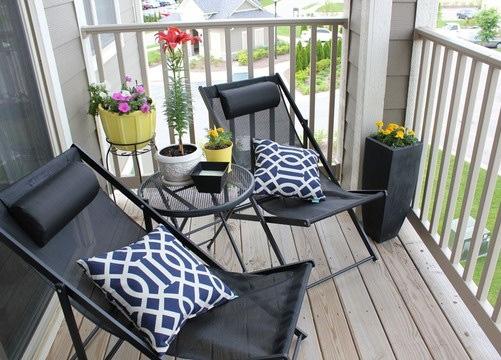 Balcones con encanto la habitaci n de ana for Muebles para balcon