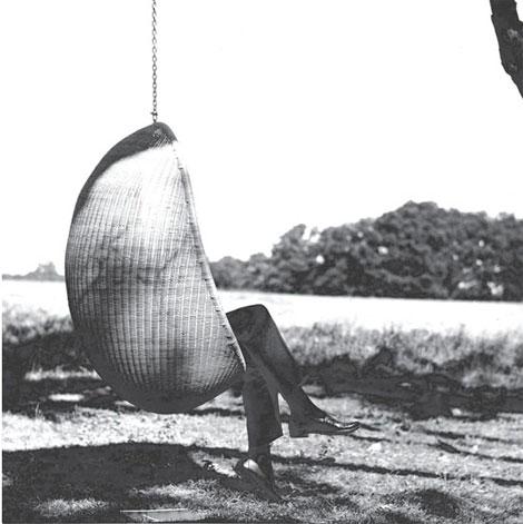 Hanging chair: sillas que flotan en el aire (2/6)