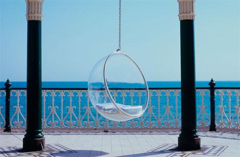 Hanging chair: sillas que flotan en el aire (3/6)