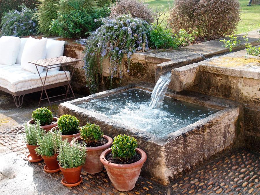 Estanques el agua como elemento decorativo la Estanque natural como hacerlo